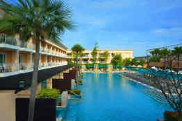 Millennium Resort Patong Phuket - Lakeside Pool