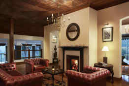 Jetwing St. Andrews • Lobby