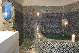 Suites of the Gods • Maisonette Bathroom