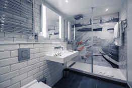 Mercure London Bridge Bathroom