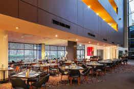 Crowne Plaza Hotel Canberra • Redsalt Restaurant