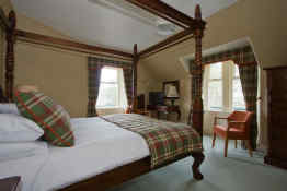 Loch Kinord Hotel - Guest Room