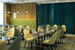 Hotel Oceania L'Univers Tours