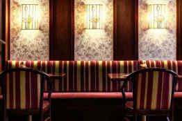 Alpin Park Hotel • Bar Seating