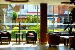 Hotel Embassy • Lobby