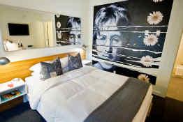 The Jupiter Hotel - Queen Room