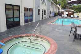 Best Western Town and Country Lodge - Pool