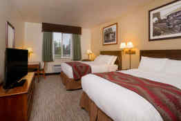 Yellowstone Park Hotel - Guest Room