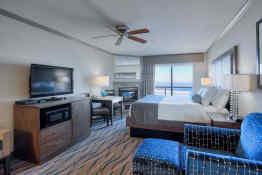 Elizabeth Oceanfront Suites • Guest Room