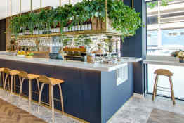 Vibe Hotel Sydney • Storehouse Sydney Central Café and Bar