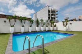 Vibe Hotel Sydney • Pool