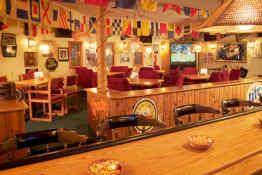 Commodores Inn - Bar