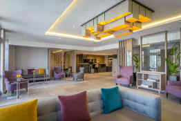 Maldron Hotel • Reception