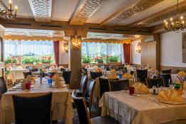 Hotel Hell • Restaurant