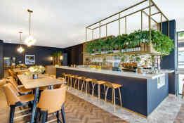 Vibe Hotel Sydney • Restaurant & Bar