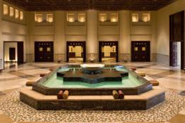 Grand Hyatt Doha Hotel & Villas • Lobby