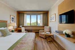 Hotel Divani Caravel