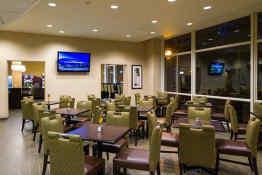 Holiday Inn Express Philadelphia Penn's Landing - Breakfast Area