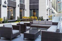 Fairfield Inn & Suites by Marriott NY Manhattan-Central Park - Patio