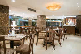 May De Ville City Center Hotel • Restaurant and Bar