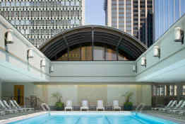 Sheraton Boston • Indoor/Outdoor Pool