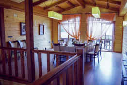 Complejo la Cabaña • Dining