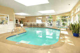 Crystal Inn Hotel & Suites (Salt Lake City) - Pool