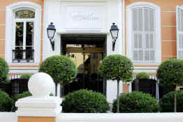 Hotel Ellington