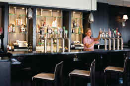 Jurys Inn Christchurch Dublin • Bar