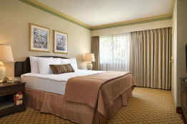 Royal Scot Hotel & Suites • Guest Room
