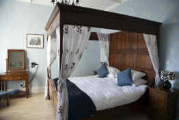 Brecon Castle Hotel • Guest Room