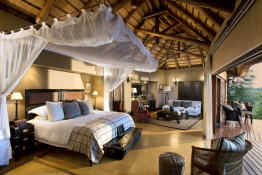 Tinga Lodge • Suite Interior