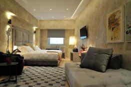 Athenaeum Grand Hotel • Guest Room