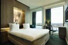 Ramada Apollo Amsterdam Centre • Guest Room
