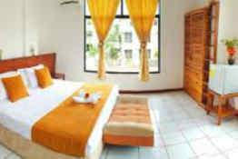 Hotel Deja Vú - Guest Room