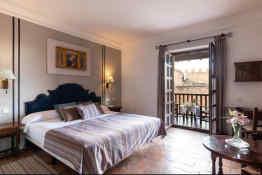 Hotel Parador de Sigüenza • Guest Room