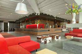 Ramada Apollo Amsterdam Centre • Lobby