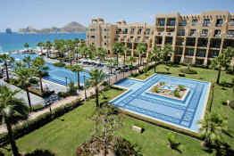 Hotel Riu Santa Fe • Pools