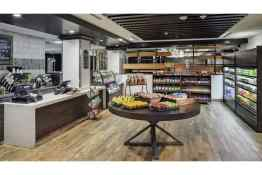 DoubleTree by Hilton Hotel Denver food shop