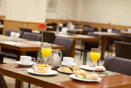Hotel Praga • Breakfast