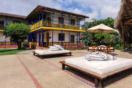 Hotel Hacienda Combia • Courtyard