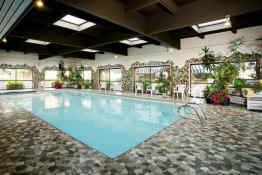 Marmot Lodge • Pool