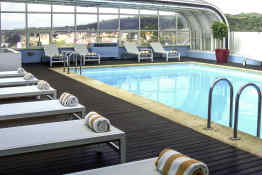 Mercure Lisboa • Pool