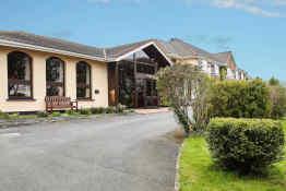 Cedar Lodge Hotel & Restaurant