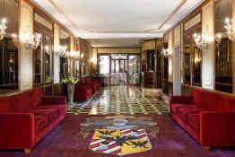 Amadeus Hotel • Lobby