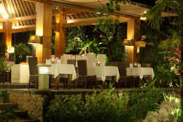 Tonys Villas & Resort • Outdoor Dining