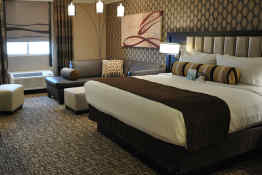 Golden Nugget Hotel & Casino (Vegas) - Gold Tower King Room