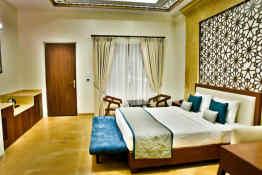 Abhayaran Hotel • Guest Room