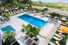 Hilton Cabana Miami Beach, Lower Pool