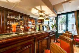 Villa Pantheon • Bar